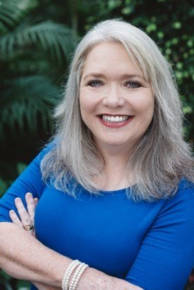 Meet Debut Author, Rhonda Starnes!
